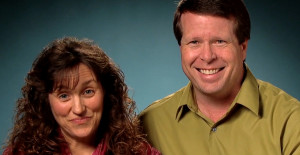 "Jim Bob Duggar Says Smartphones Can ""Steal Somebody's Soul"": Strange Quotes from New Interview"