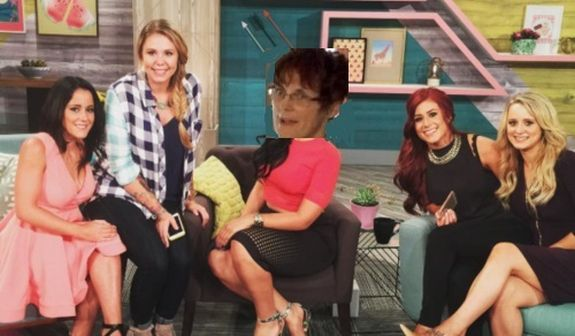 This is how every 'Teen Mom 2' cast photo should look.
